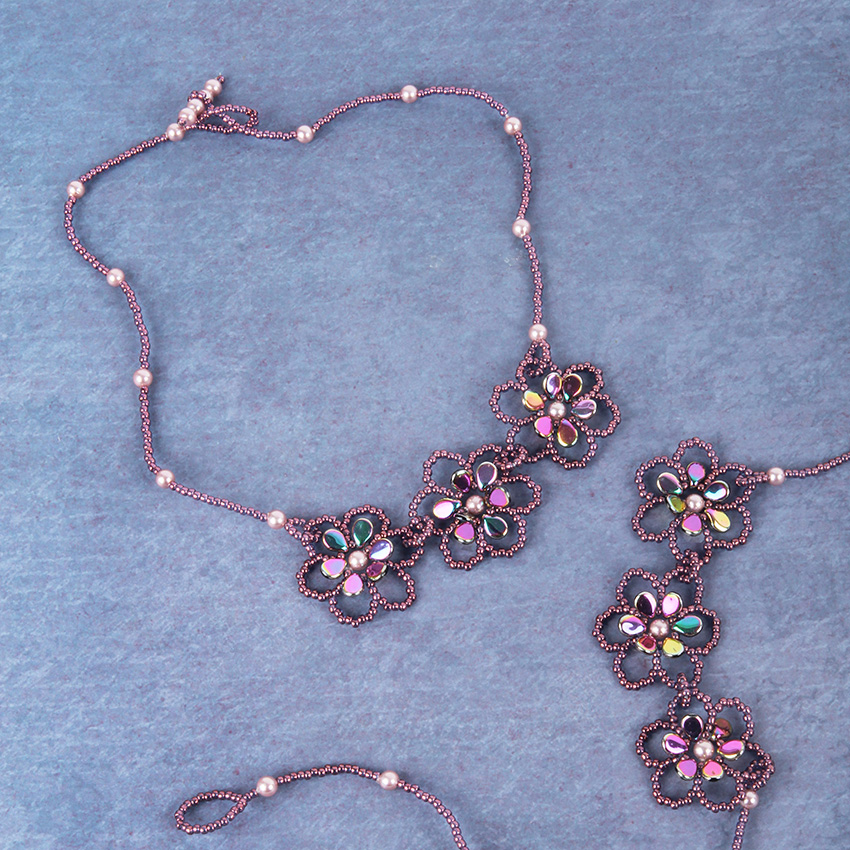 Ring A Rosie Necklace