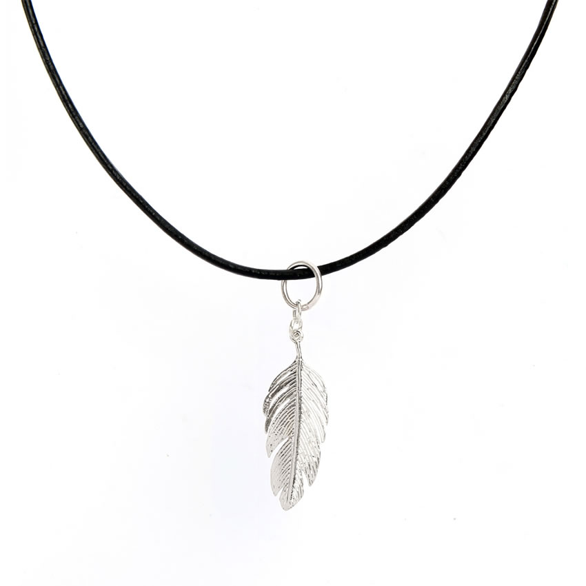 Feather maxi necklace