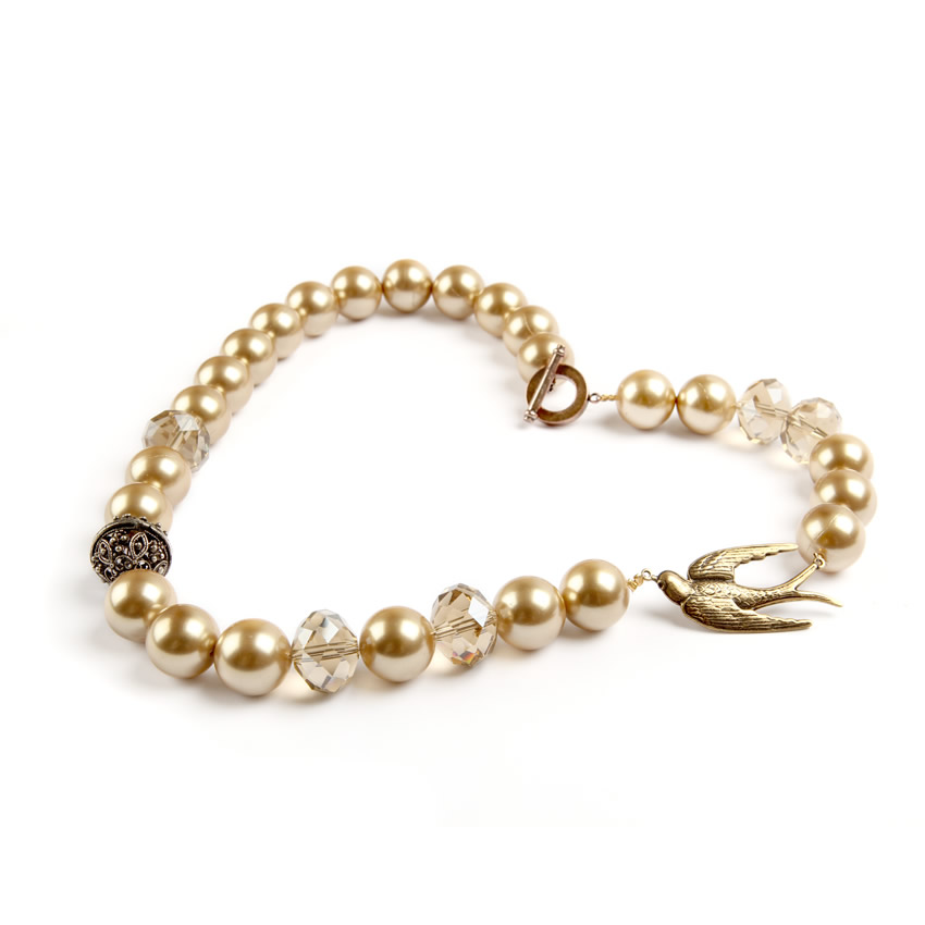Swallow Pearl Neacklace