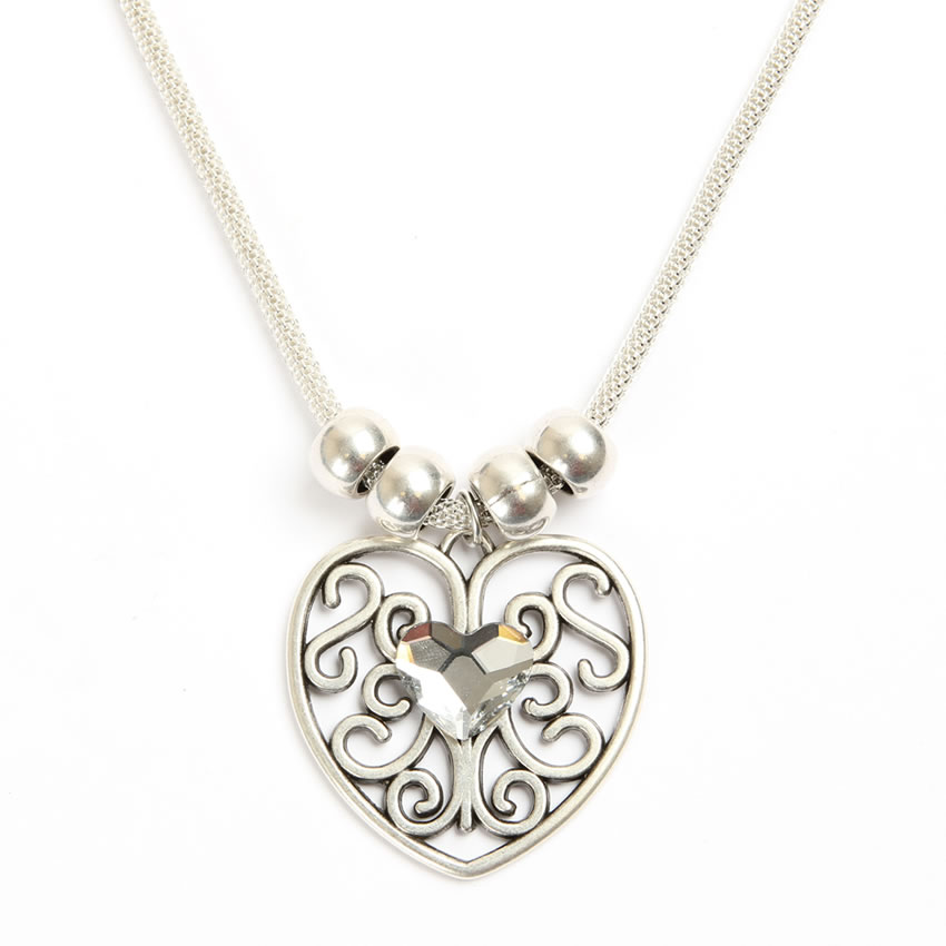 Queen of Hearts Silver Necklace