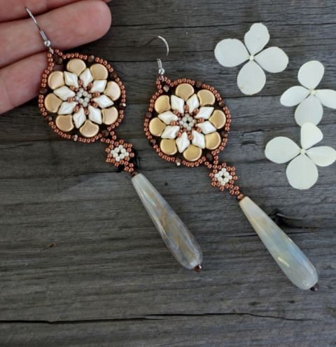 How to make elegant beaded earrings – a beading tutorial with MATUBO beads