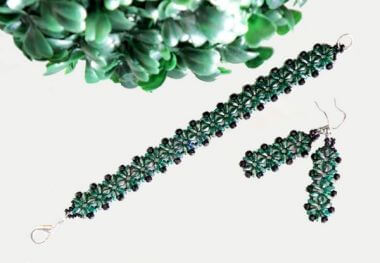 How to make a Bracelet and Earrings with SuperDuo beads - Beading for Beginners