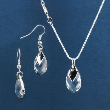 Swarovski Crystal Pear Shaped Pendant Jewellery Set