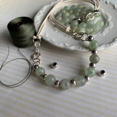 Simple Bead Necklace - Jewellery Making Tutorial