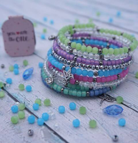 How to make a memory wire bracelet - Jewellery making tutorial