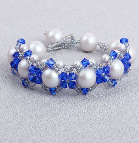 How to make a Hugs and Kisses bracelet - step by step video tutorial