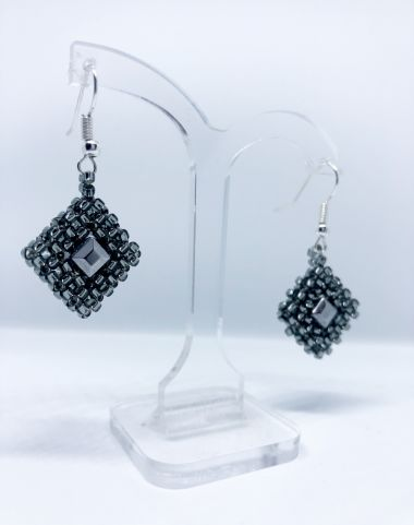 How to make Cubic Right Angle Weave Earrings | TAKE A MAKE BREAK