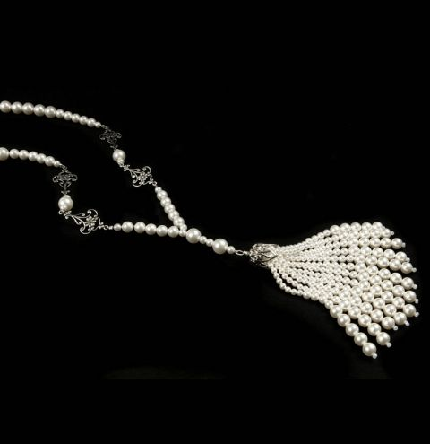 Gatsby White Necklace