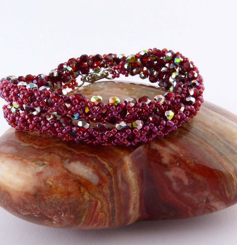 How to make a Firepolish crystals bracelet - Jewellery making step by step