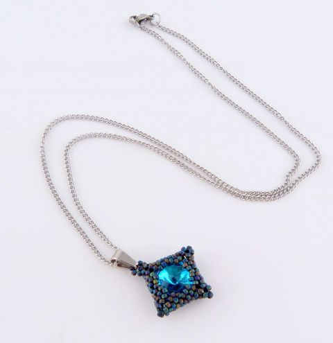 How to make a Pendant with Rivoli Crystals and Beads - Jewellery Making Tutorial