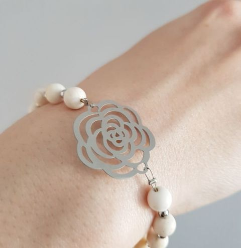 How to make a bracelet and a necklace using shell beads - jewellery making tutorial