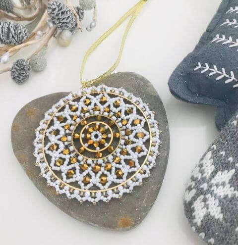 How to Make a Bicone Snowflake - Decoration Tutorial