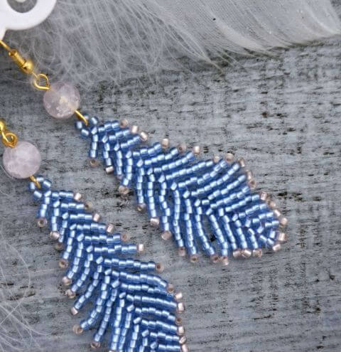 How to make beaded feathers – jewellery making for beginners