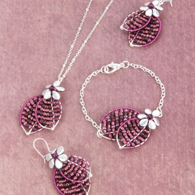 Berry Leaves Jewellery Set