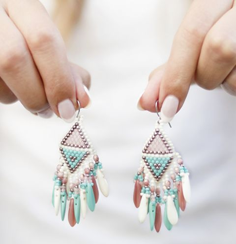 How to make Native American Inspired earrings - Earrings with beaded tassels tutorial