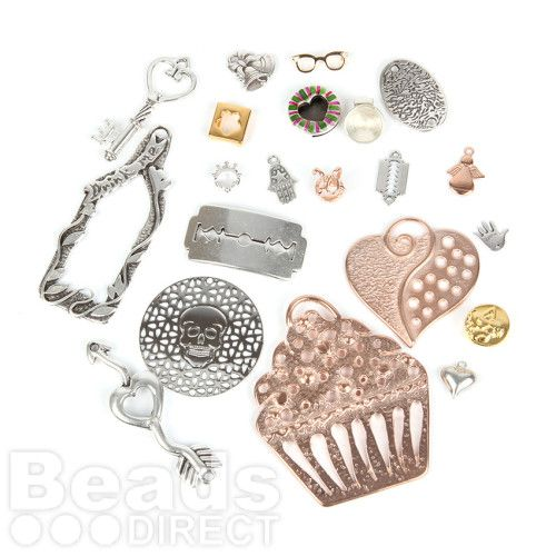 SPECIAL BUY Limited Edition Charm Mix Pk20