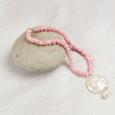 Cherish Shell Pink Necklace