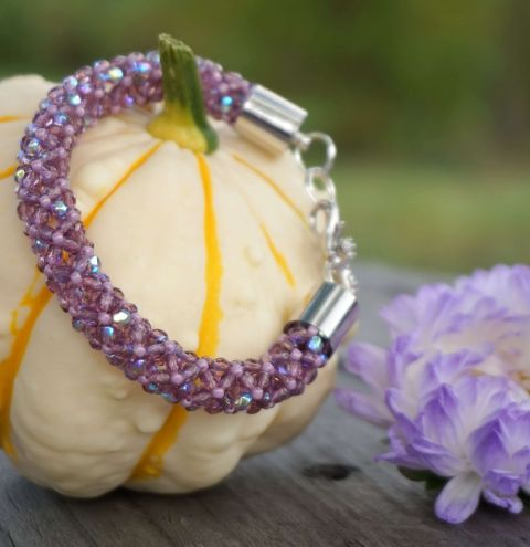 Learn how to make a bracelet with Crystals - Tubular Chenille Stitch step by step
