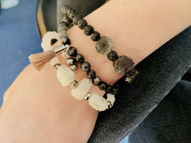 How to make elasticated stack bracelets - step by step tutorial