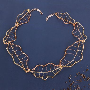 Autumn Leaf Wire Collar