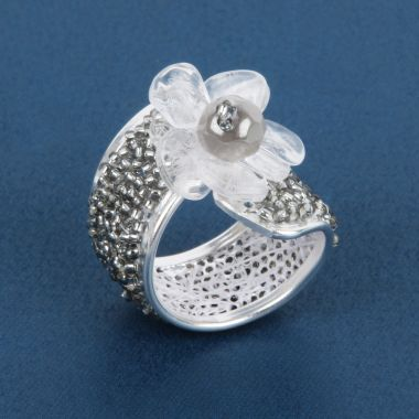 Winter Flower Beaded Ring
