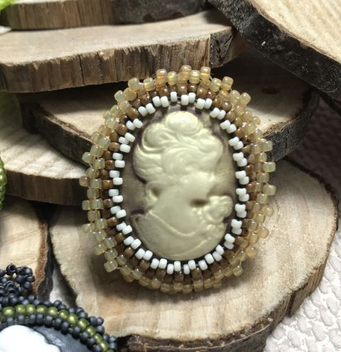 Bezelled Cameo Pendant - step by step jewellery making tutorial