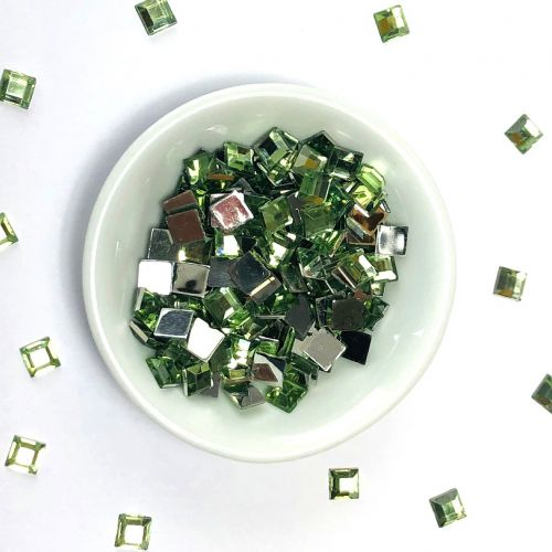 Acrylic / flat back / faceted / square / embellishment / green / 6x6x1mm / ~8g