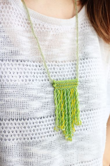 How to make tassels using beads - Odd count peyote and twisted herringbone