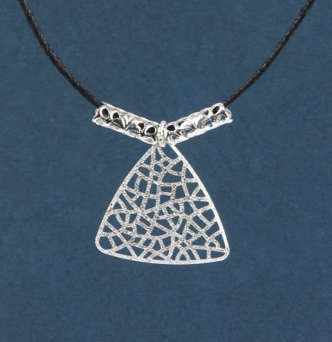 Filigree Shine Necklace