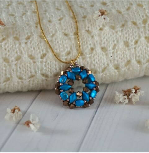 How to make a pendant from Gemduo and NIB-BIT beads.