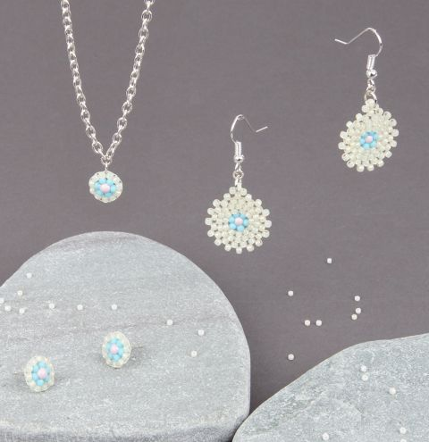 Pastel Daisy Jewellery Set