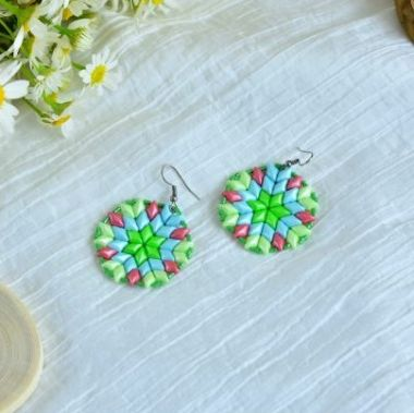 How to make mandala earrings using GemDuo beads - video tutorial