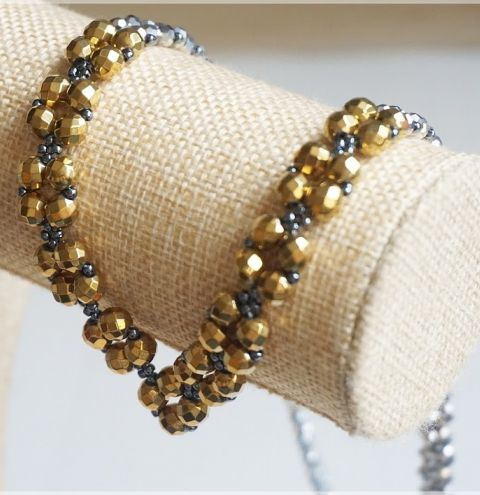 How to make a beaded necklace - Beginner tutorial