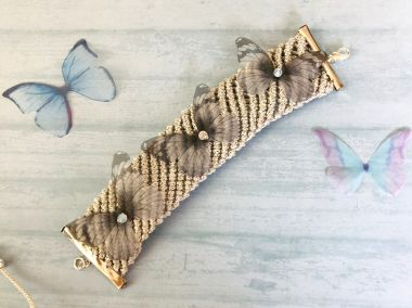How to make a macramé cuff bracelet - jewellery making tutorial