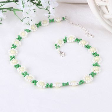 Ditsy Daisy Chain Necklace