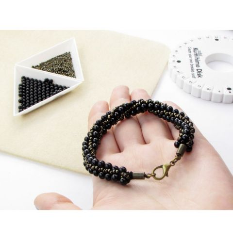How to make a kumihimo bracelet from two sizes of beads - Bracelet weaving course on a kumihimo disk