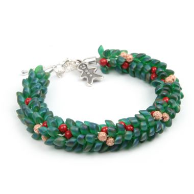 Christmas Wreath Kumihimo Bracelet