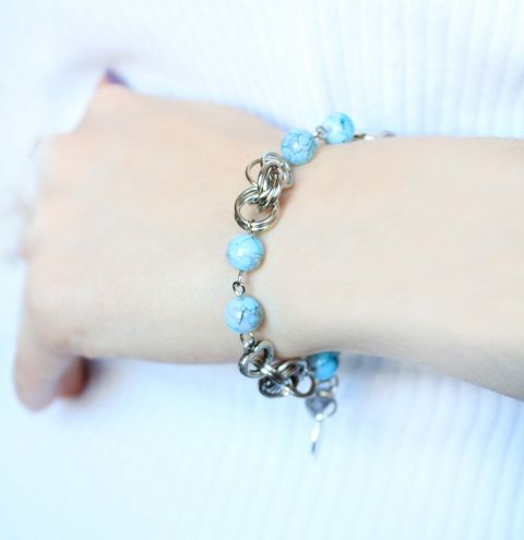 How to make a beaded chain maille bracelet - video tutorial