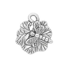 Dragonfly on lily pad / charm pendant / 18x16x2mm / silver / 4pcs