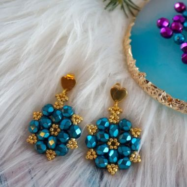 How to make beaded earrings using Firepolish beads - jewellery making tutorial