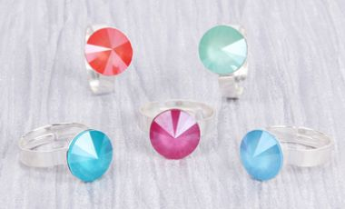 Crystal Lacquer Rings with Swarovski | Mini-Make Monday