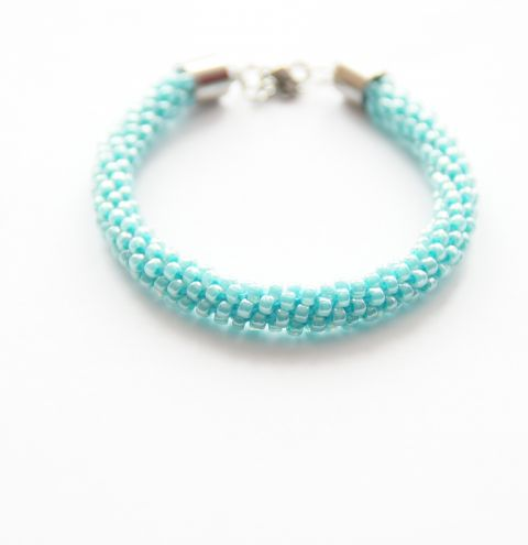 How to make a beaded Kumihimo bracelet! Kumihimo tutorial step by step