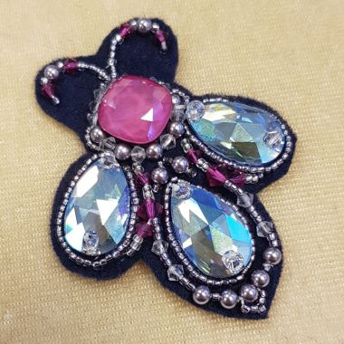 Bejewelled Bee Brooch