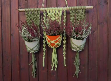 How to make a plant hanger with cord – a macrame plant hanger step by step.