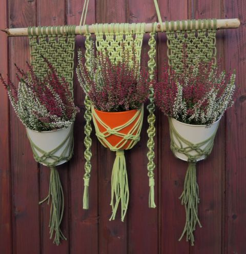 How to make a plant hanger with cord – a macrame plant hanger step by step