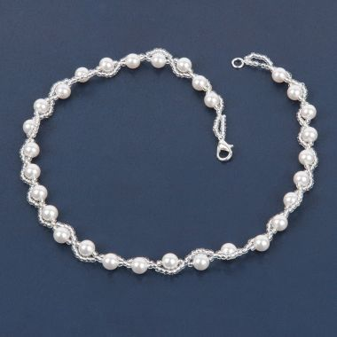 Pearl Bridal Necklace made with Swarovski